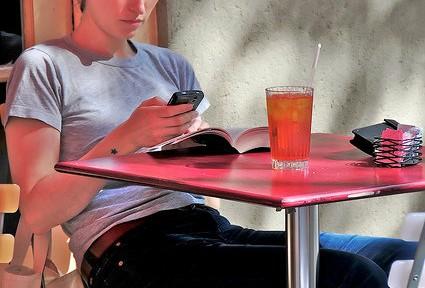 休日、知り合いと会いたくない人に朗報 「アンチソーシャル」アプリが海外で話題