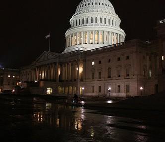 米国デフォルト回避 今後、危機再発の可能性は?