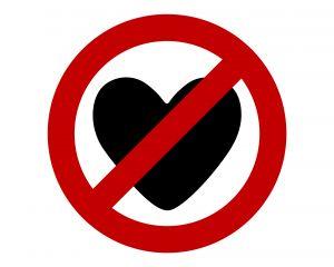 """フランスで愛の南京錠は禁止されるか…""""取り除いてもまた90トン分の鍵がかかる"""""""