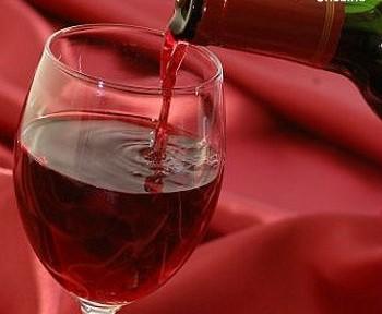ワインファンに朗報? ブドウの収穫期を教える「電気仕掛けの舌」が登場