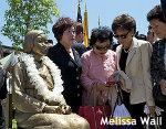 """米国の慰安婦像が""""日本人差別""""招く 撤去求める提訴に、現地メディアは冷ややかな反応"""