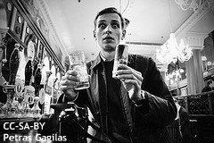 エナジードリンクとアルコールの組み合わせは危険? アメリカの調査が明らかにした悪影響とは