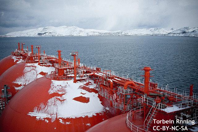【世界初】商船三井、北極海航路でLNGの定期輸送へ 輸送期間の大幅短縮に海外も注目