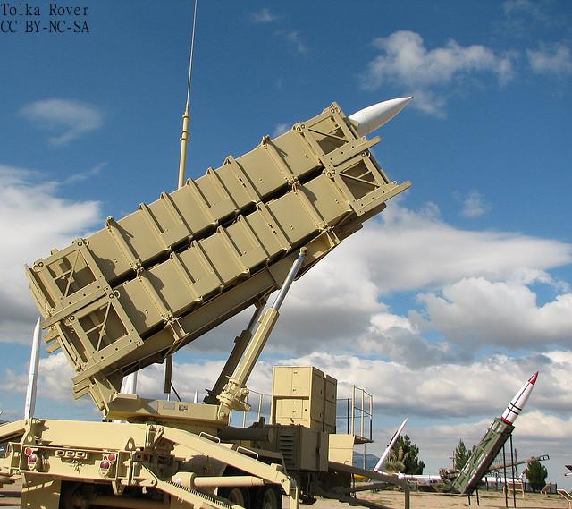 武器輸出三原則見直しの狙いは、輸出拡大ではない? 自衛隊装備のコスト削減 米紙指摘
