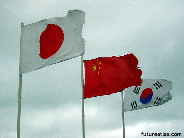 日中韓首脳会談:韓国は日本の謝罪に期待 一方、中国が歴史問題よりも重視するものとは