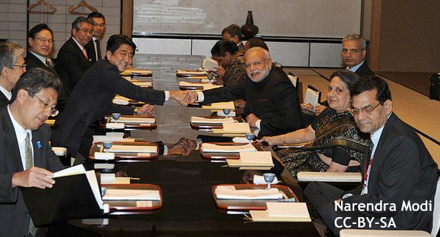 安倍・モディ両首相の「ブロマンス」(男の絆)、中国に見せつける意図も?