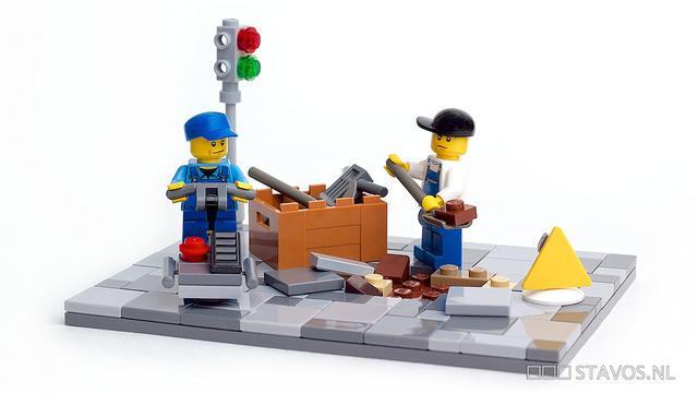 """""""使い捨て""""労働者の待遇改善こそ、アベノミクス成功に必要? 海外紙指摘"""