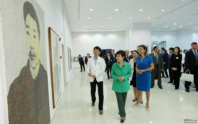 朴大統領、変わらぬ日本の歴史批判 「必要なことだけ記憶するものではない」
