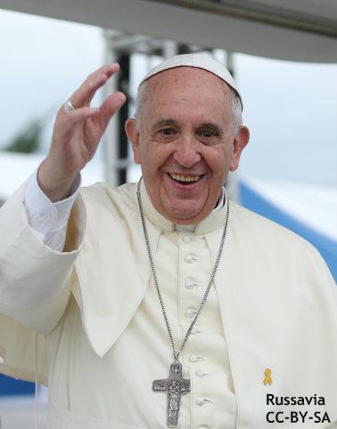 """英首相""""合法なら信仰侮辱も可能""""、ローマ法王に反論 言論の自由めぐり要人の意見二分"""