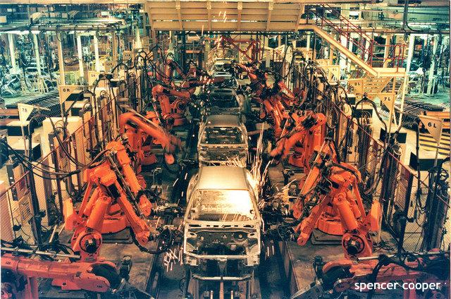 ロボット導入でも、人手不足変わらず? 日本の製造業の実状に海外注目