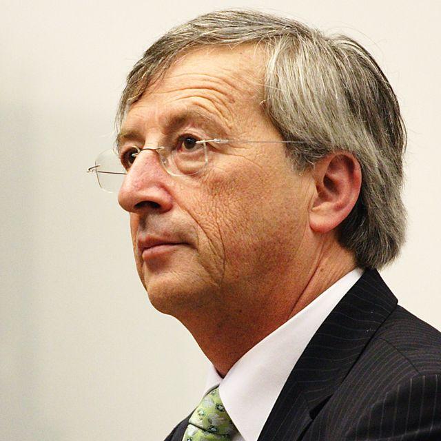 欧州委員長の「EU軍」構想、NATO存在するのになぜ? 秘められた独首相の米国への警告とは