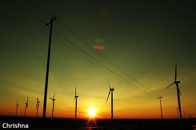 再エネ推進、国民負担最大2.7兆円!? 日本のエネルギー政策の課題と未来に海外注目