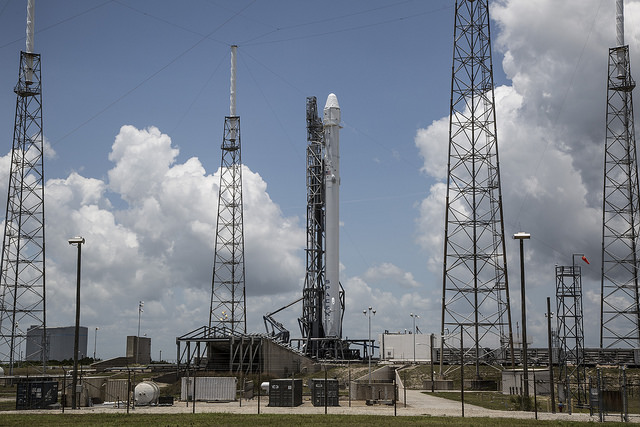 SpaceX's_Falcon_9