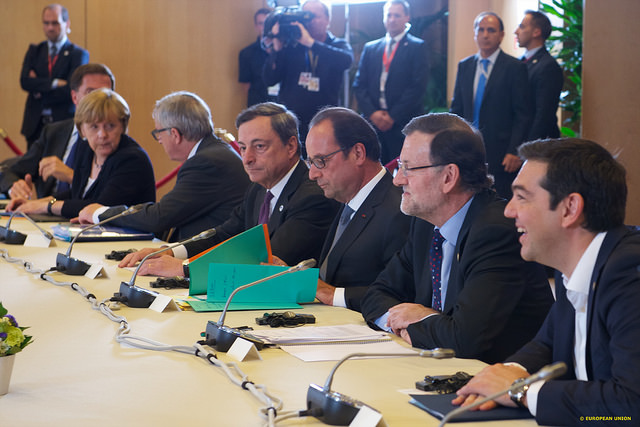 ギリシャのユーロ残留の裏で、米露が駆け引き パイプライン構想、BRICS銀行支援