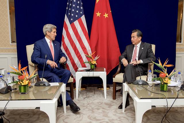 中国外相の「埋め立て中止」は方便?米は信用せず ASEAN諸国懐柔のためか