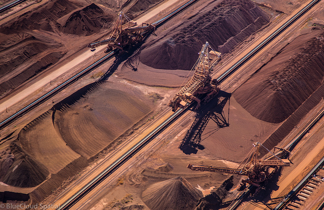 中国失速で資源大国オーストラリア打撃 21世紀のゴールドラッシュも夢に