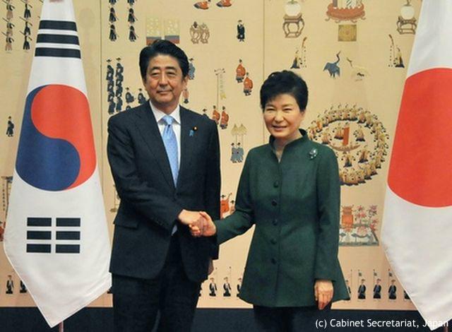"""""""扉は開かれた"""" 日韓首脳会談に韓国紙は一定の評価 """"歴史と経済は分けるべき""""との主張も"""