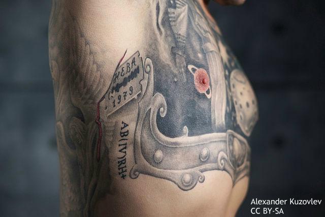 ファッション目的ではない「命を救う」タトゥーとは? 眉をひそめる前に知っておきたい