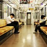 睡眠短い日本人、独特な居眠り文化に秘密あり?