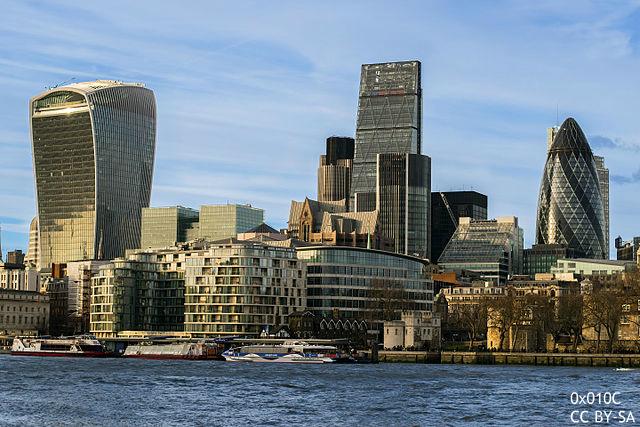 ロンドンに代わる欧州金融ハブはどこに? パリ、フランクフルト、ダブリンが名乗り