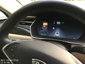 tesla_self-driving_car