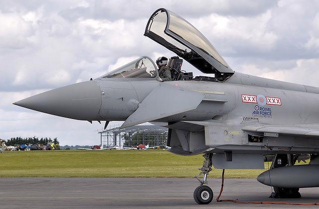 英、南シナ海に戦闘機、空母を派遣へ 豪も検討 トランプ政権で米中覇権争い激化か