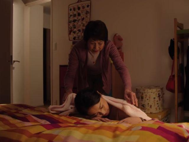 働くママの満足度は〇〇でアップ! 動画『ありがとうの距離』が伝える母娘の絆
