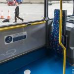 車椅子とベビーカー、バスで優先すべきは?英国で判決
