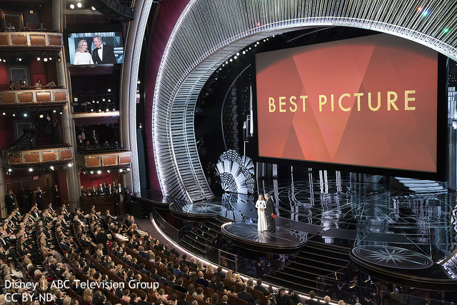 アカデミー賞だけじゃない、世界の舞台での大失態 やらかした人たちが「後輩」にエール