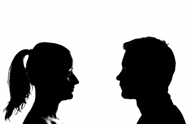 s_silhouette-woman-and-man