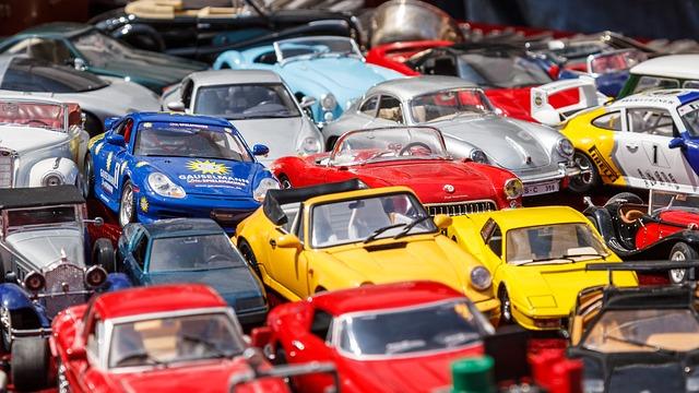 世界で人気の車の色は何色? 1位の色に影響を与えたアップルの存在