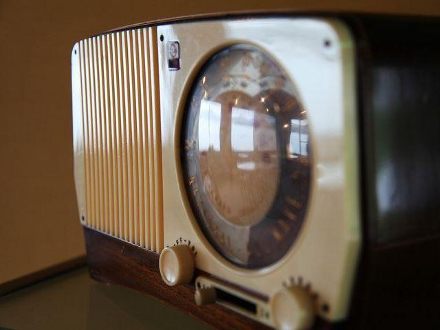 ラジオ大好きアメリカ人、テレビ、スマホより高い利用率 ネット配信は1億7,000万人利用