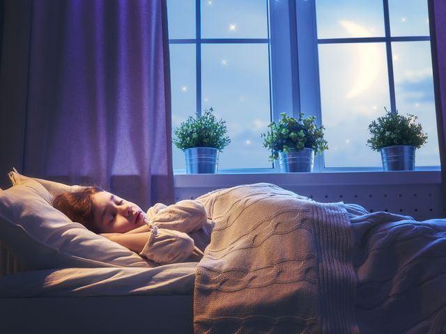 眠れぬ夜に試してみたい「シャッフル睡眠法」 あっという間に眠りに落ちると海外で話題