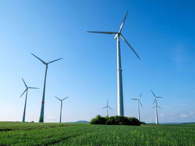 ドイツ、再生可能エネルギーが電力の85%を記録! それを積極的に支える小さな村々
