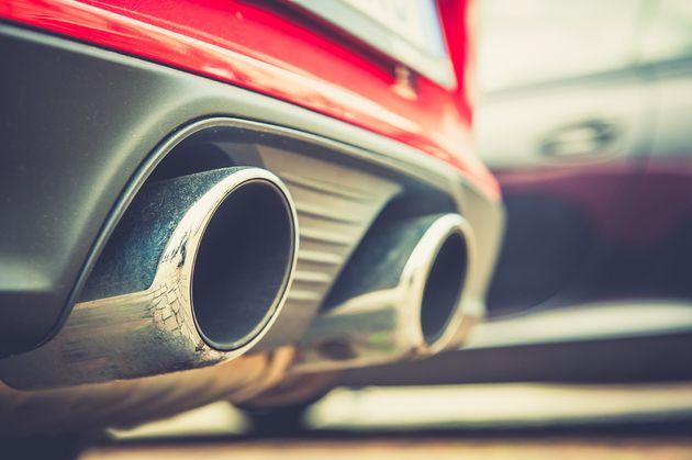 車 廃止 ガソリン イギリス